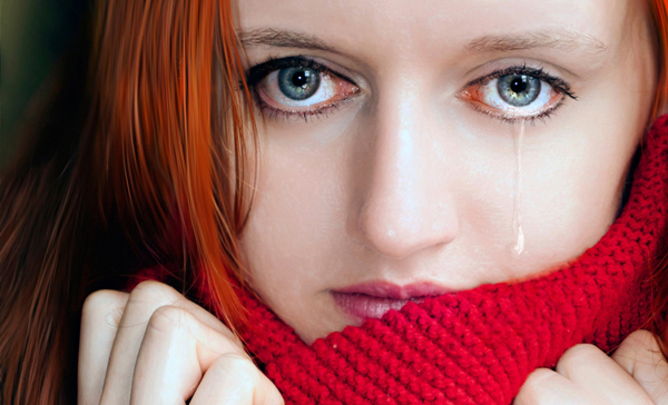 How to paint a realistic tear with Adobe Photoshop