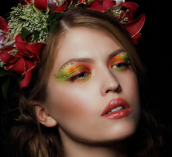 How to Apply Creative Makeup with Photoshop