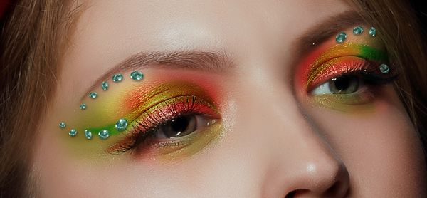 How to Apply Creative Makeup with Photoshop 15